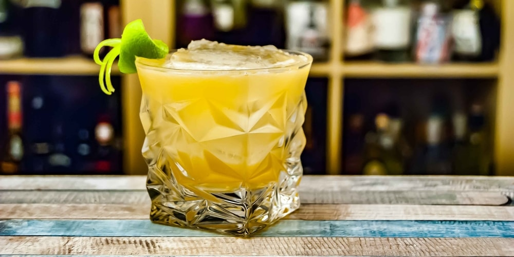 20 Drinks Every Bartender Should Know in 2019